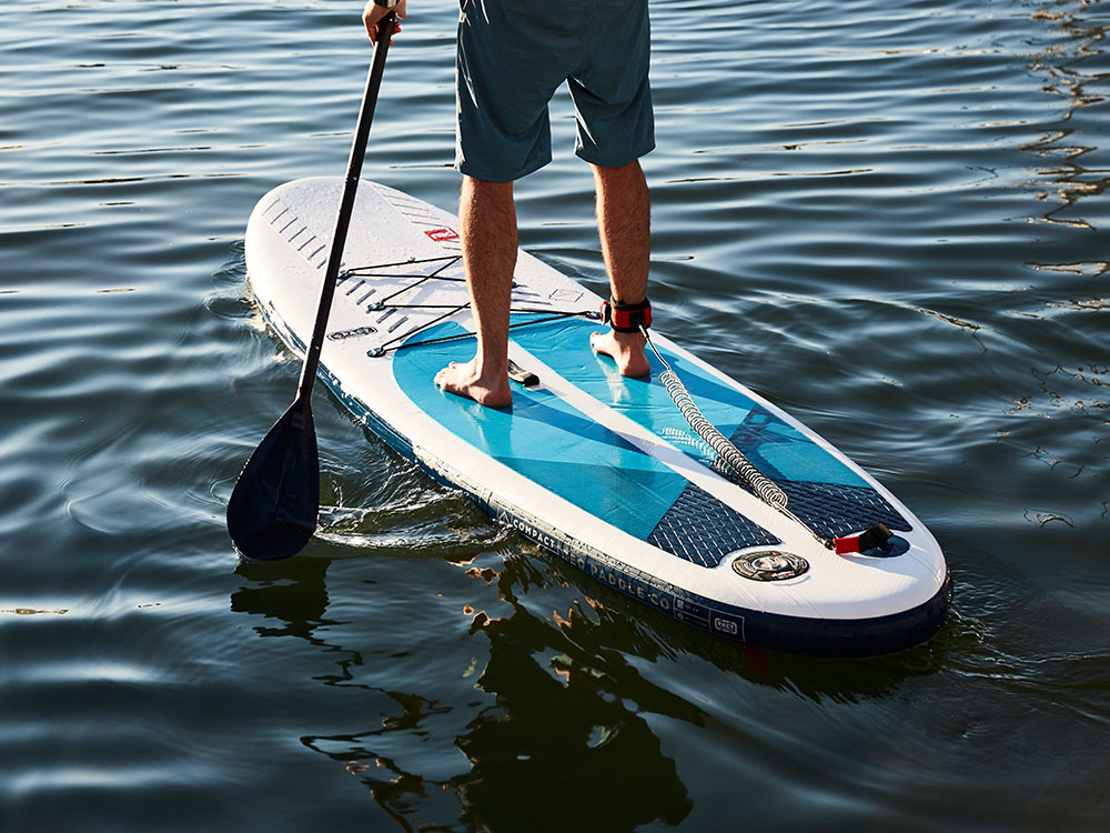 Landing thumb compact water board