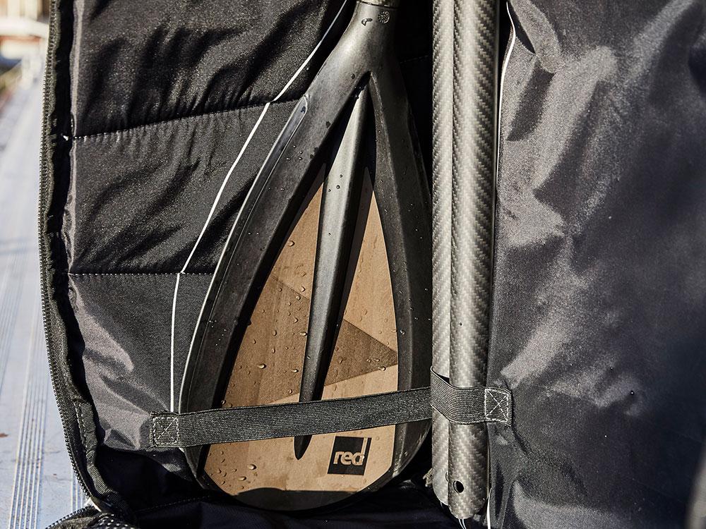 Landing thumb paddle bag
