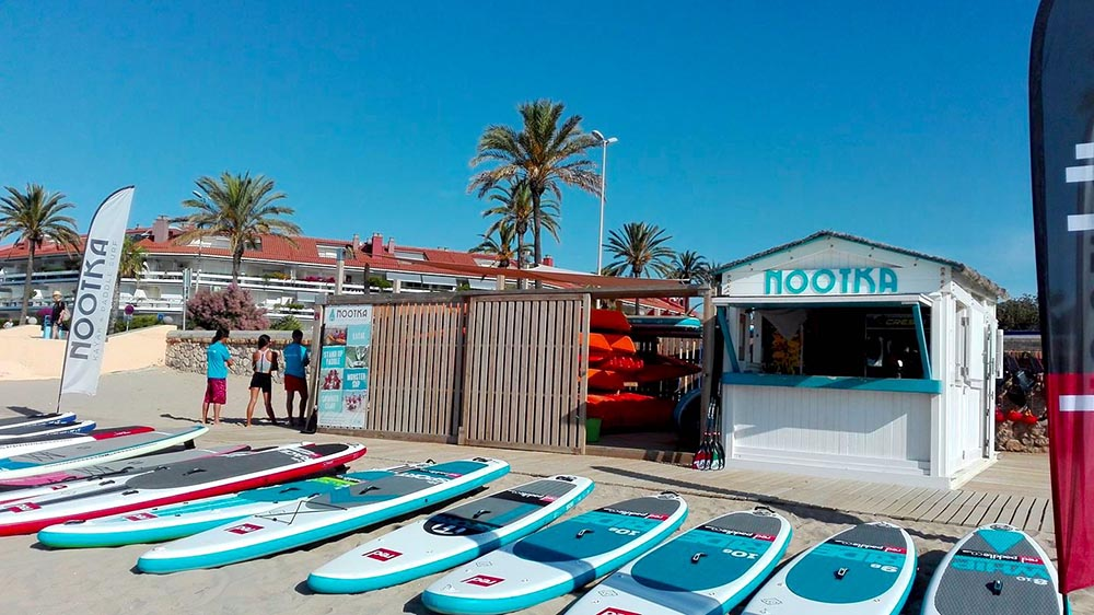 Store front of paddleboard shop