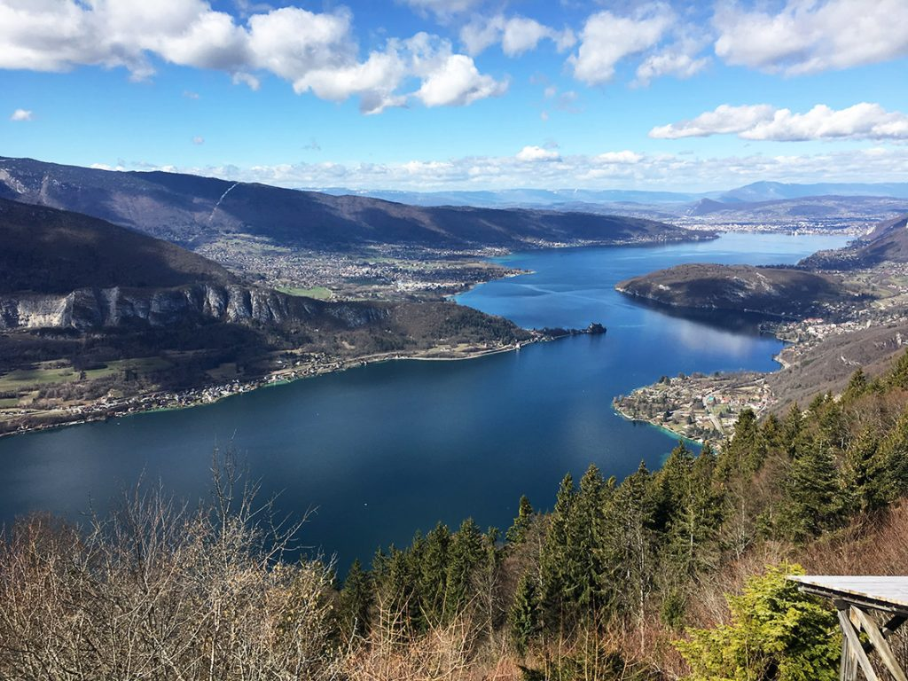 Lake annecy to host dragon world championships 2019