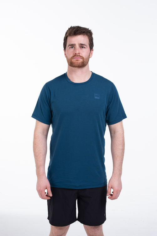 navy performance tshirt mens studio 7 501x750 70a468d