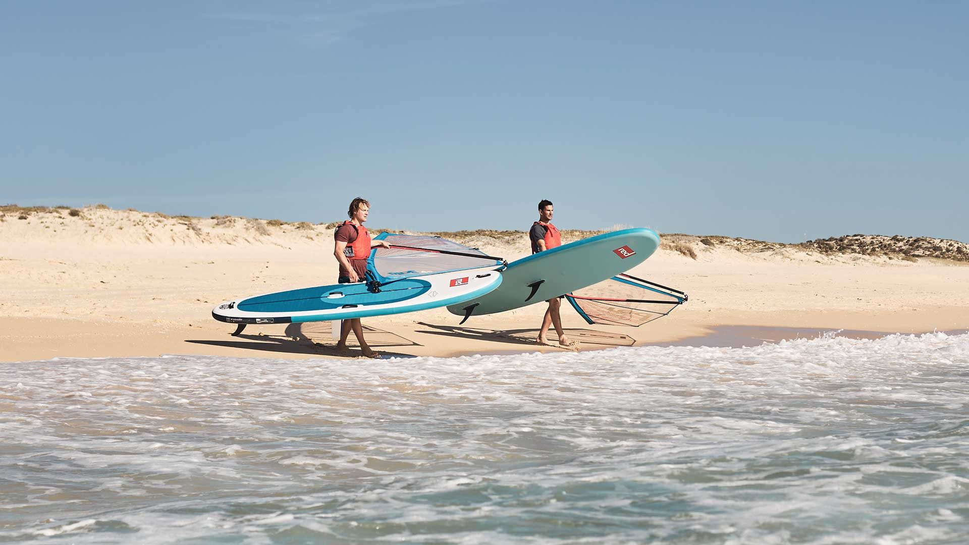 redpaddleco-107-wind-inflatable-paddle-board-desktop-gallery-fins