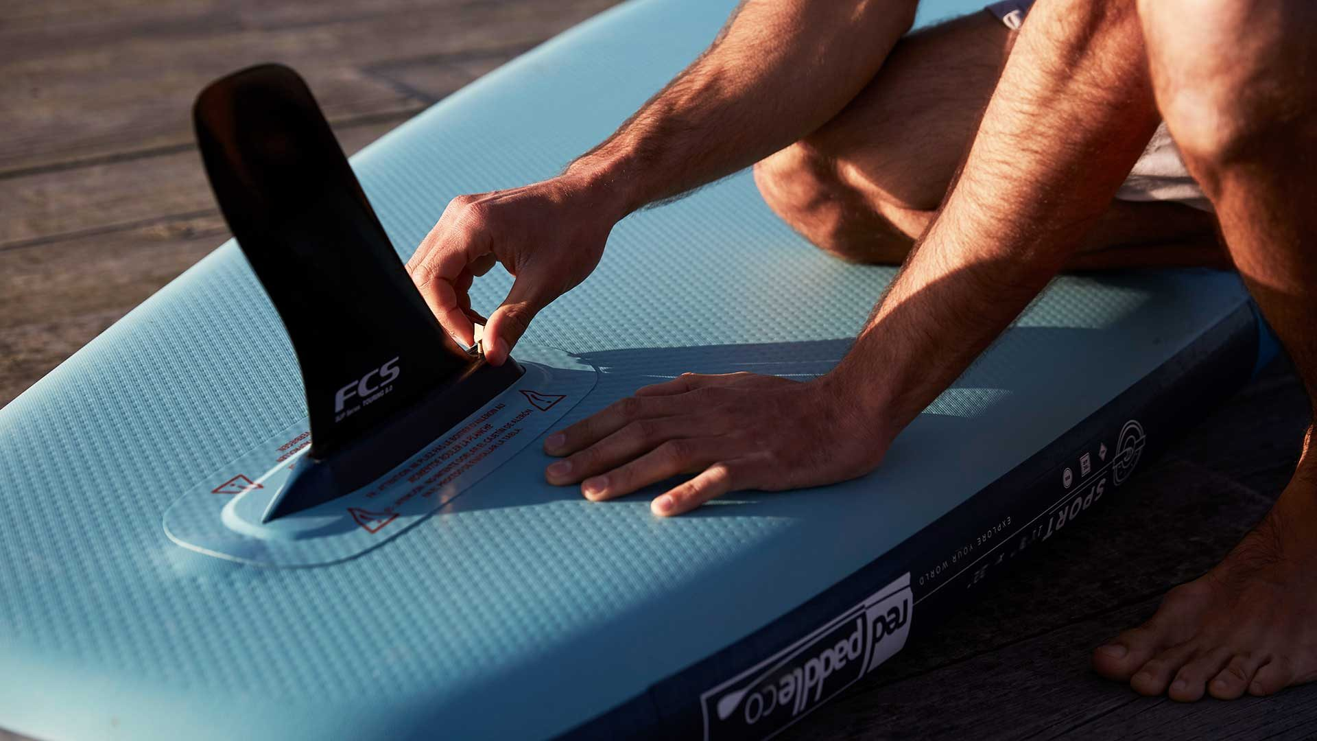 redpaddleco-110-sport-inflatable-paddle-board-desktop-gallery-fins