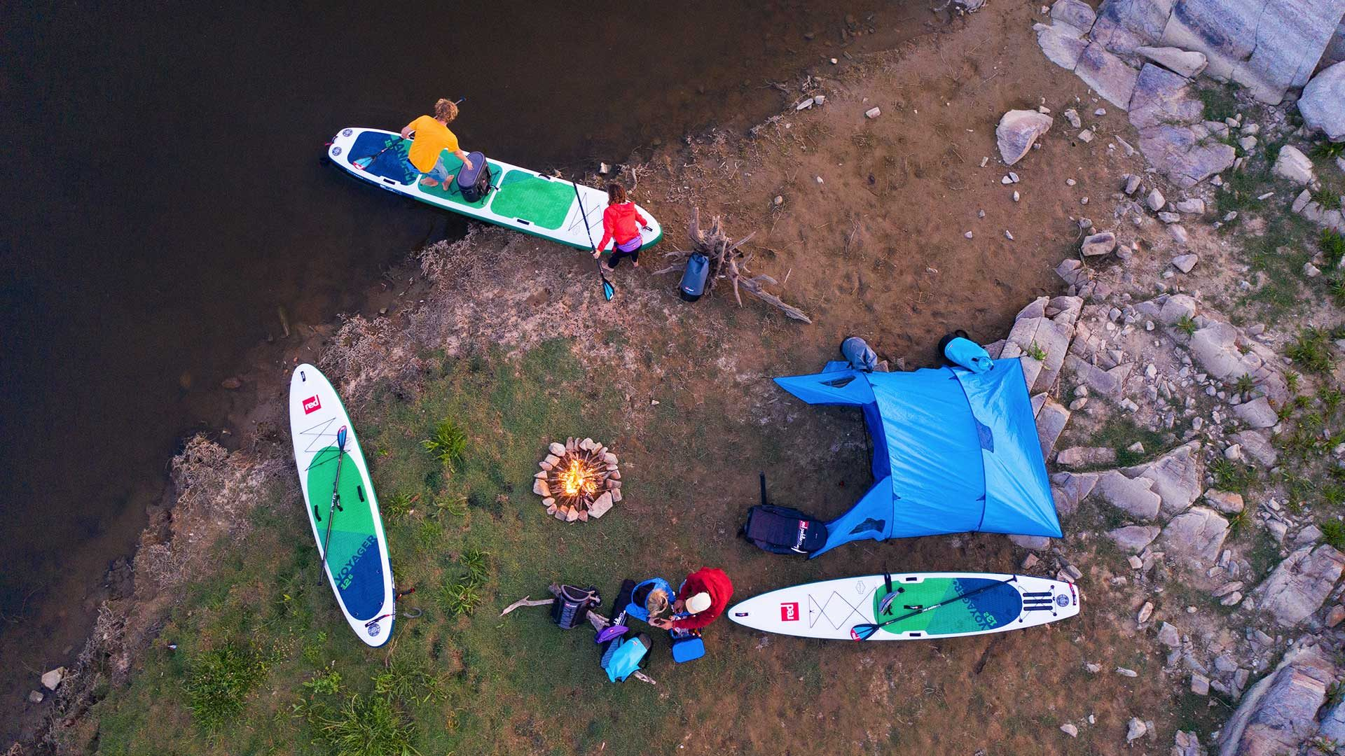 redpaddleco-150-voyager-tandem-inflatable-paddle-board-desktop-gallery-1