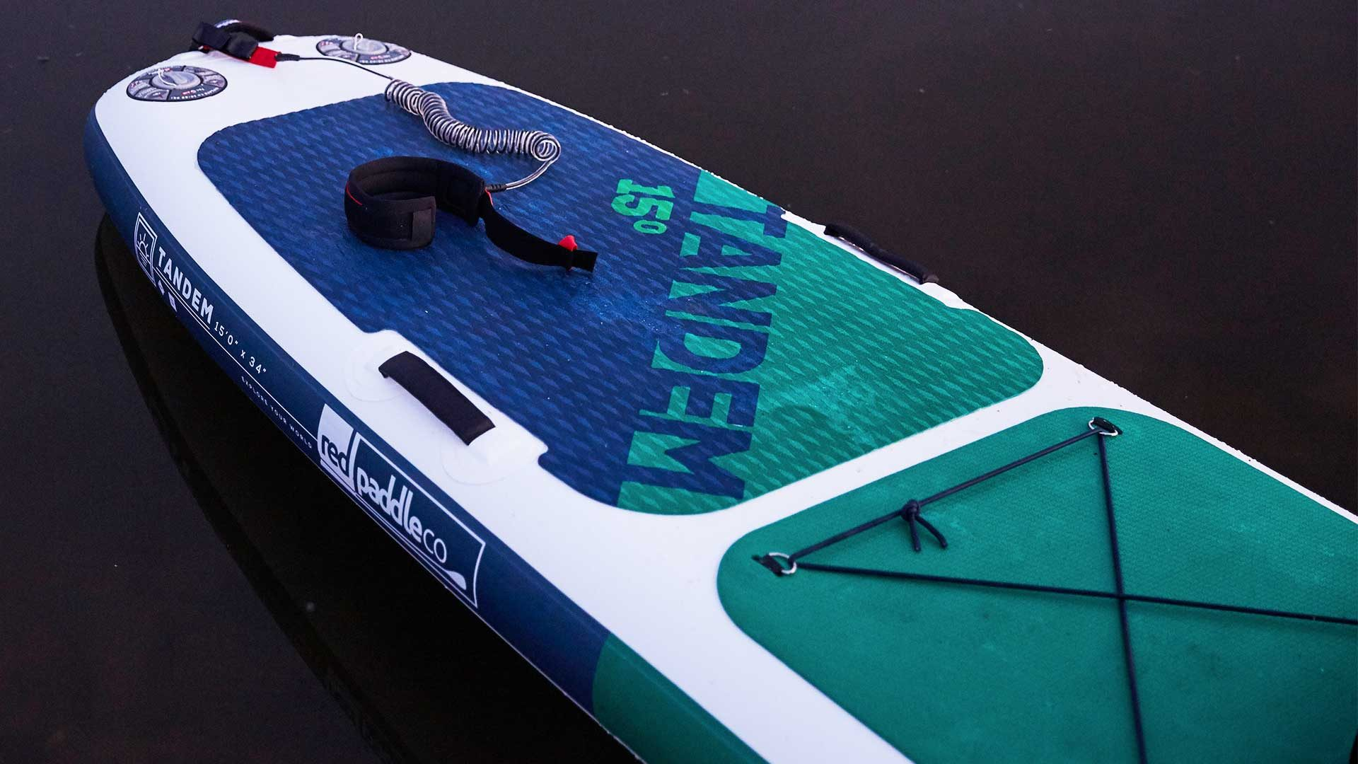 redpaddleco-150-voyager-tandem-inflatable-paddle-board-desktop-gallery-deckpad