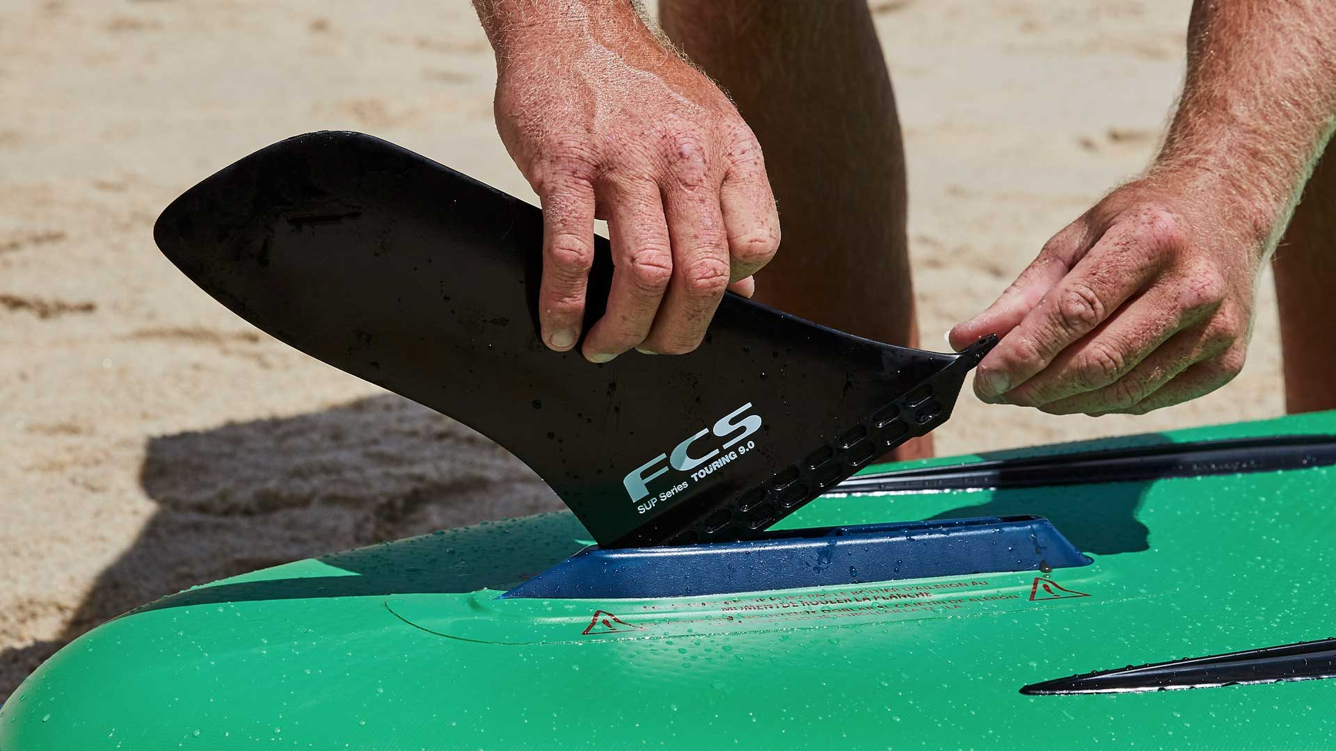 redpaddleco-150-voyager-tandem-inflatable-paddle-board-desktop-gallery-fins