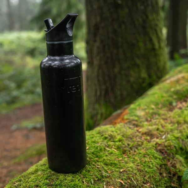 black water bottle action 2